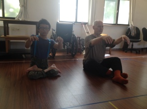 Chih-Chung Cheng and Phillip Zarrilli in training before rehearsals