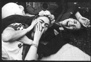 Frida Kahlo and Chevela Vargas. Photo from Tumblr