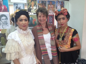 O'Reilly with 2 of her 9 Fridas - Bobo Fung and Faye Leong. Taipei 2014.